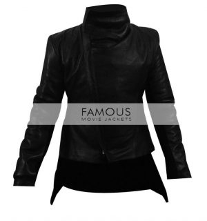 Jennifer Lawrence (Katniss Everdeen) Hunger Games Jacket.jpg