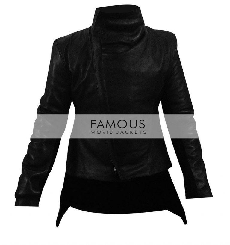 Jennifer Lawrence (Katniss Everdeen) Hunger Games Jacket.jpg