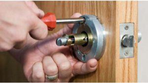 Commercial Lock Repair.jpg