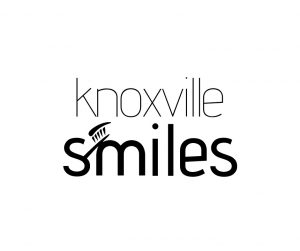 Knoxville Smiles logo.jpg