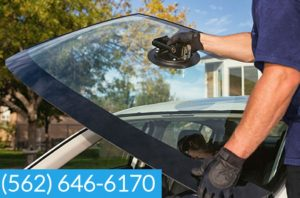 mobile-windshield-repair-Bellflower-car-glass-replacement.jpg