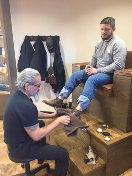 Complimentary world class shoe shines for members.jpg