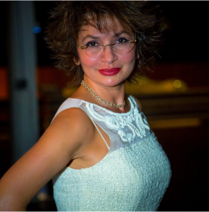 Dr. Violetta Berdichevskaya.png