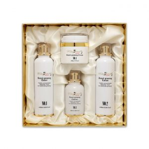 Green Life Agricultural Corp Royal Ginseng Cosmetics Special Set.jpg